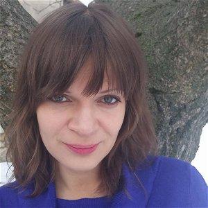 Eva Magyarosi